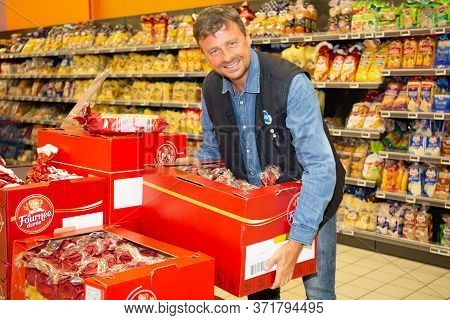 Bordeaux , Aquitaine / France - 03 30 2020 : Man Staff Working At Supermarket Super U In Hypermarket