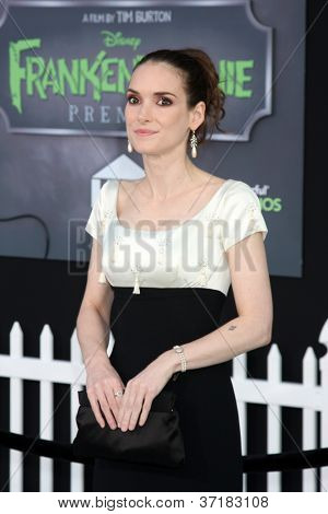 LOS ANGELES - SEP 24:  Winona Ryder arrives at the