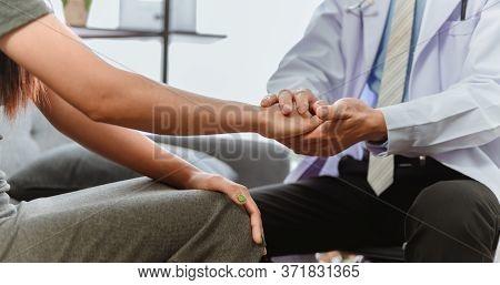 Mental Health. Psychologist Advise Patient. Unemployment Of Economic Problems During Coronavirus Or