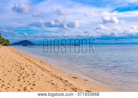 Pier On The Beach Taling Ngam Of Koh Samui In Thailand, Sunny Beach, Coconuts And Palm Trees, Sunbat