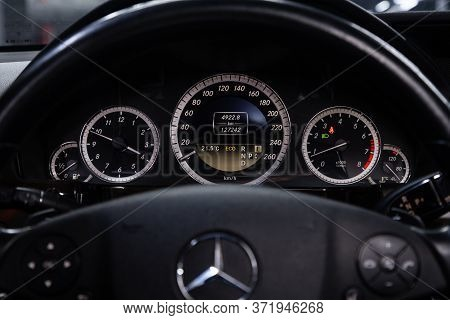Novosibirsk/ Russia - April  28 2020: Mercedes Benz E-class, Round Speedometer, Odometer With A Rang