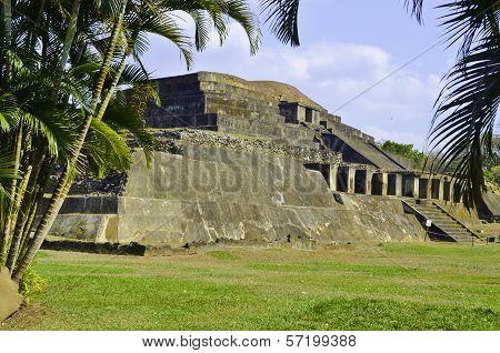 Tazumal Maya ruins