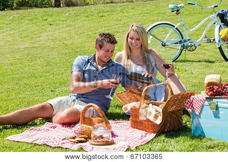 Country Picnic Couple