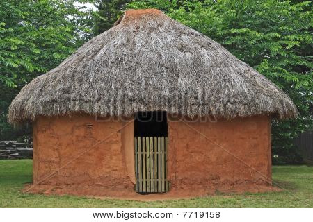 Etowah Indian Mud Hut