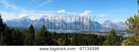 Teton range panorama (Wyoming, USA)