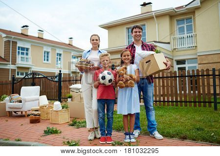 Son, daughter and parents removing to new flat or house