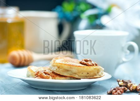 Pancakes With Nuts