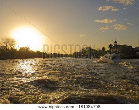 Yacht on El Tigre delta El Rio de la Plata. El Tigre Delta. Argentina