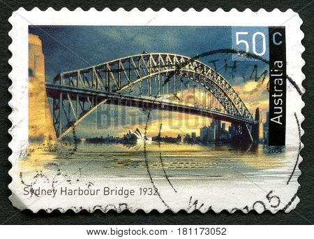 AUSTRALIA - CIRCA 2004: A used postage stamp from Australia depicting an image of Sydney Harbour Bridge in Australia circa 2004.