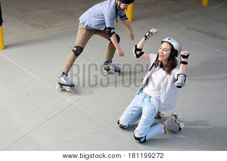 Pads and knee pads. Safety while skating