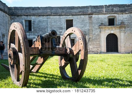 cannon inside the fort read for bombing