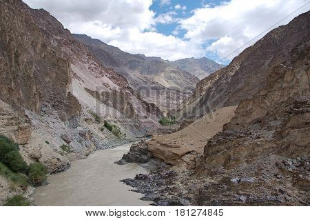 Tanglang Pass, on the Manali to Leh road, in India, the second highest mountain Pass in Ladakh