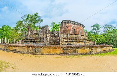 The Buddhist Ruins In Polonnaruwa