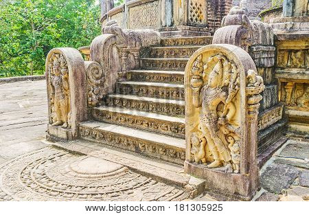 The Art Of Polonnaruwa Kingdom