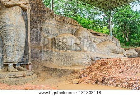 Reclining Buddha In Gal Viharaya