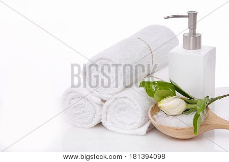 Spa concept with Gardenia, flowers