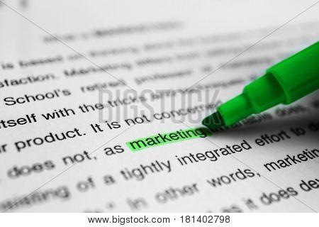 Marketing tutorial, closeup