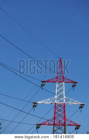 pylon red and white