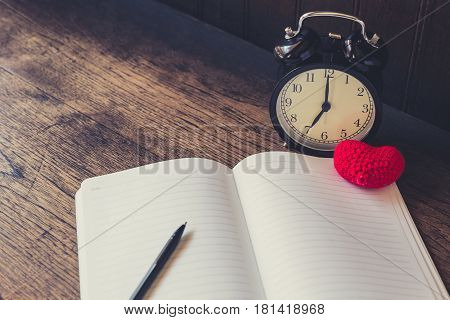 Love Memory, Vintage Clock Time Memories Of Loving Story Empty Paper Notebook On The Old Wood  Table