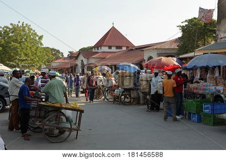 The street market of Stone Town in Zanzibar, 27. September 2012
