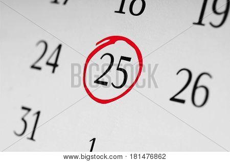 Mark the date number 25 focus point on the red marked number.