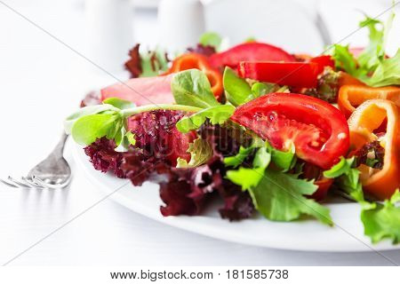 Mediterranean salad with tomatoes and red peppers