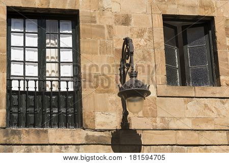 Leon (Castilla y Leon Spain): exterior of historic building near the medieval cathedral in gothic style