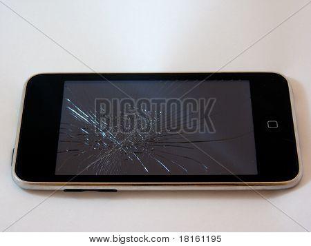 Defekte Smartphone mit einem gebrochenen Schirm
