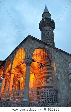 cami erzurum lalapaşa müslüman minare iman din