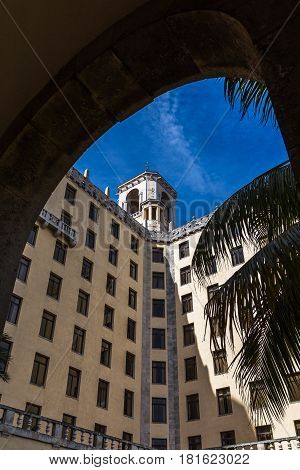 Hotel Nacional De Cuba Through The Arches
