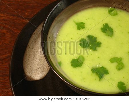 Hot Sweet Peas Cream Soup
