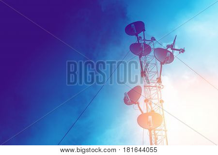 communication tower high power wifi antenna post hotspot long range digital data transport