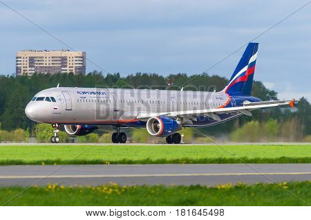 Airbus A321 Aeroflot Airlines, Airport Pulkovo, Russia Saint-petersburg May 2016
