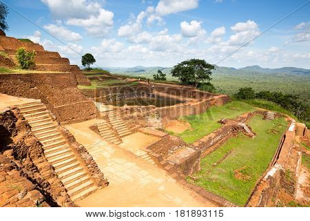 Sigiriya Sri Lanka, buddhist temple world heritage