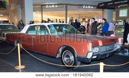 Moscow, Russia - April 02, 2017: Lincoln Continental, Usa,1966. Retro Car Exibition In Shopping Mall