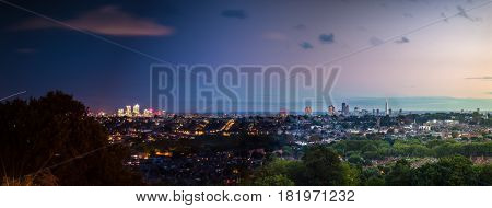 Time lapse panorama of London as taken from Alexandra park