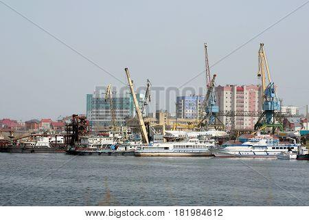 River Port City Of Naberezhnye Chelny