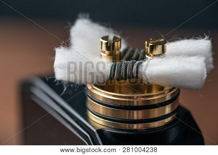 Rda - Vape Device With Alien Clapton Coil And Japanese Organic Cotton For Vaping, Close Up. Modern P