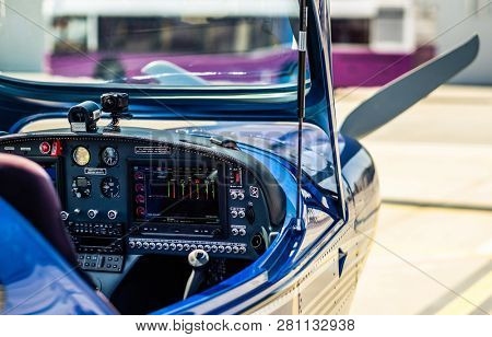 Control pannel of the sport plane
