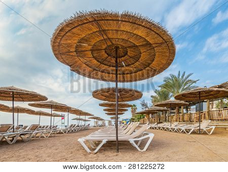 Resting And Recreational Area In Central Beach Of Eilat - Famous Tourist Resort And Recreation City
