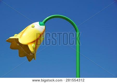 Flower Shaped Light Pole. Street Light Pole