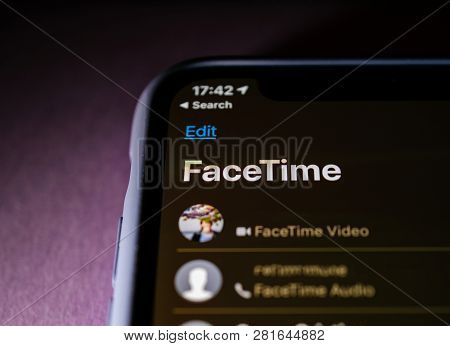 Paris, France - Jan 30, 2018: Face Time Call On The Apple Iphone Xs With Facetime Video And Audio Th