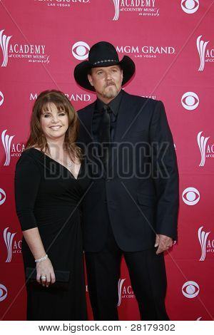 LAS VEGAS - APRIL 5: Trace Atkins; wife at the 44th annual Academy Of Country Music Awards held at the MGM Grand on April 5, 2009 in Las Vegas, Nevada