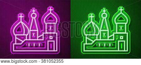 Glowing Neon Line Moscow Symbol - Saint Basils Cathedral, Russia Icon Isolated On Purple And Green B