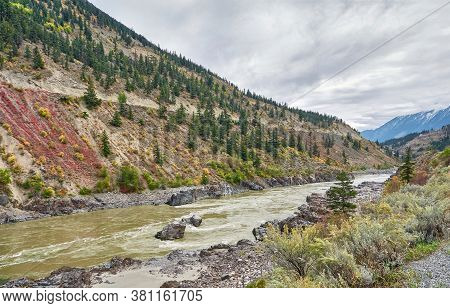 Panoramic Views Of The Picturesque Fraser River Valley In Autumn. Benches On The Viewpoint Above The
