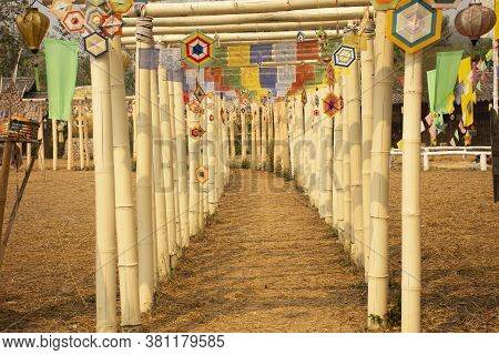 Movement Of Tung Lanna Mobile Hanging On Torii Or Bamboo Pole Cave For People Visit At Wat Su Tong P