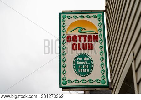 Seaside, Oregon - July 31, 2020: Sign For The Cotton Club, A Store Selling Beachwear And T-shirts An