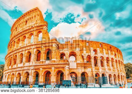Rome, Italy-may 07, 2017:beautiful Landscape Of The Colosseum In Rome- One Of Wonders Of The World