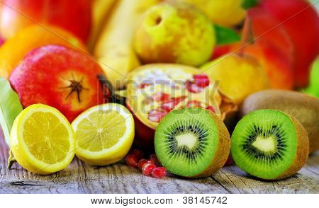 Kiwi And Lemon Fruits