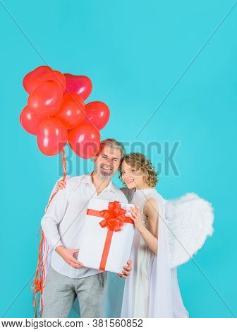 Love. Valentines Day Couple. Cupid Angel Woman With Balloons.. Cupid In Valentine Day. Couple Os Cup